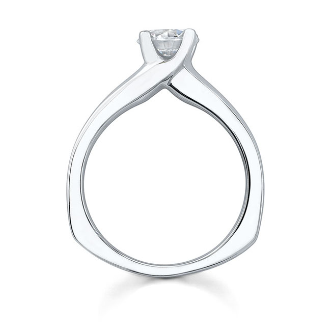 Round Solitaire Engagement Ring 4984L Image 2