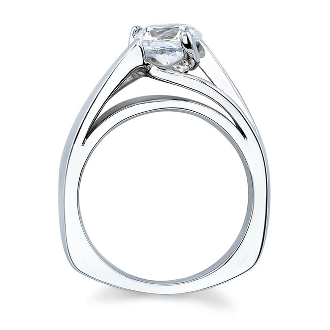 Round Solitaire Engagement Ring 5074L Image 2