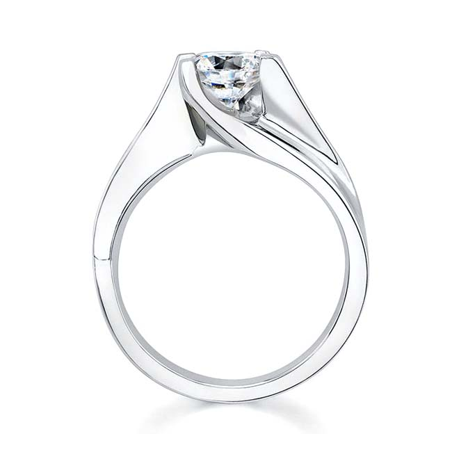Round Solitaire Engagement Ring 7158L Image 2