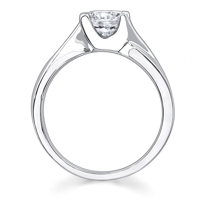 Round Solitaire Engagement Ring 7298L Image 2
