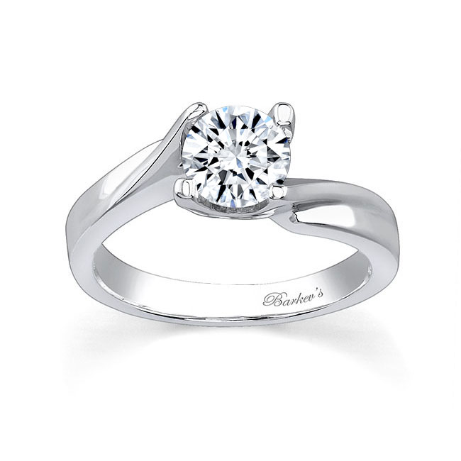 Round Solitaire Engagement Ring 7298L Image 1