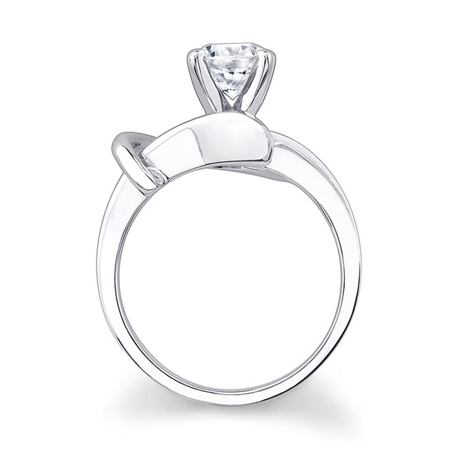 Round solitaire Engagement Ring 7299L Image 2