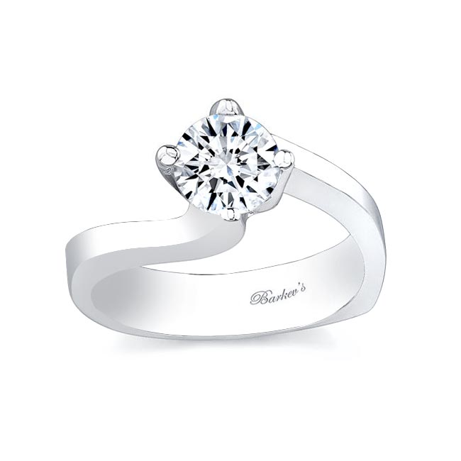 Round Solitaire Engagement Ring 7304L