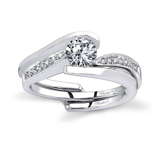 Moissanite and Diamond Bridal Set MOI-7327S