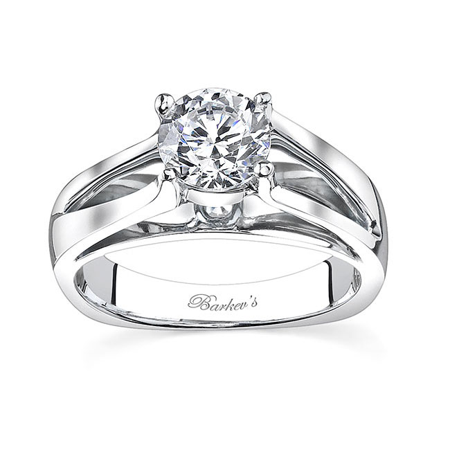 Round Solitaire Engagement Ring 7624L Image 1