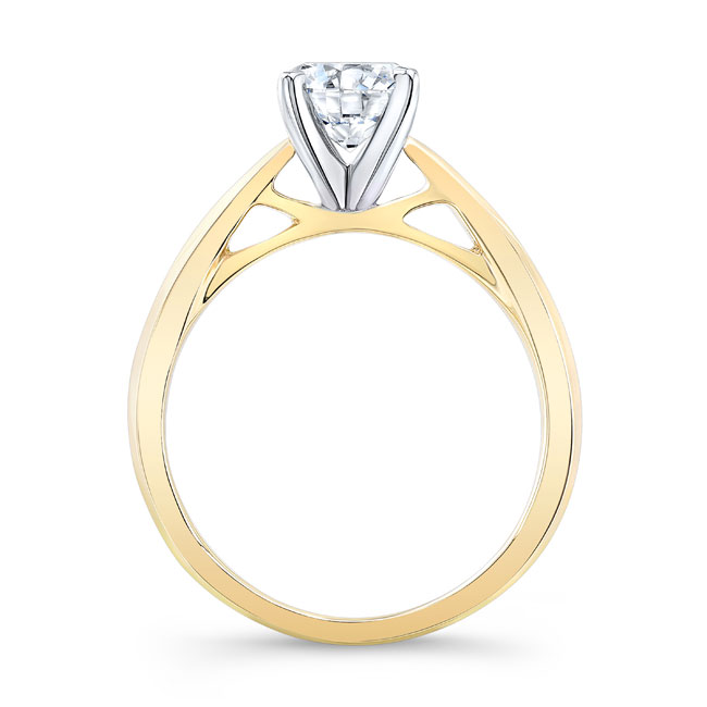 Simple Moissanite Solitaire Engagement Ring MOI-7731L Image 2