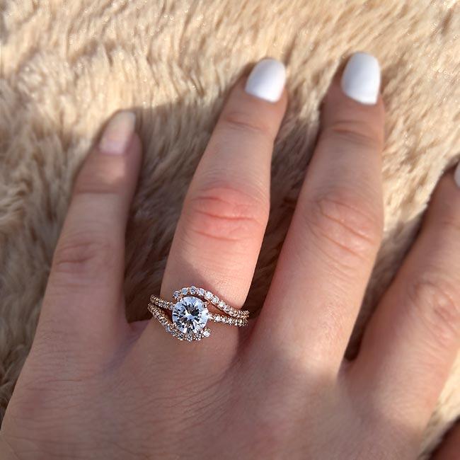 1 Carat Diamond Ring Image 3