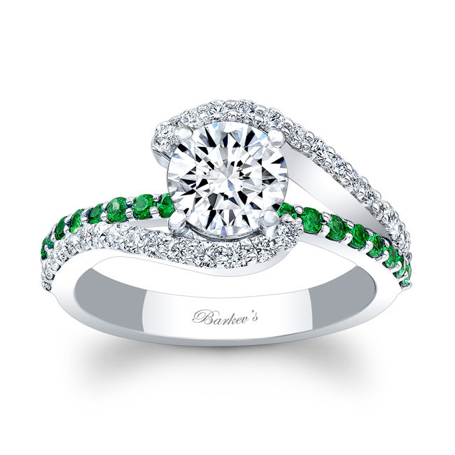 1 Carat Diamond And Tsavorite Ring Image 1