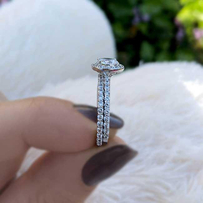 Halo Wedding Ring Set Image 3