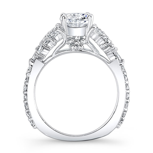 Vintage Marquise Engagement Ring Image 2