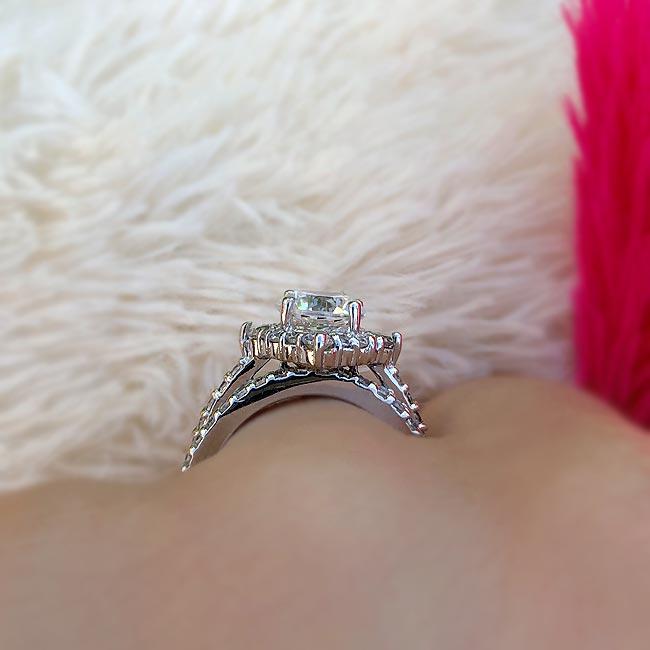 2 Carat Halo Diamond Bridal Set Image 4