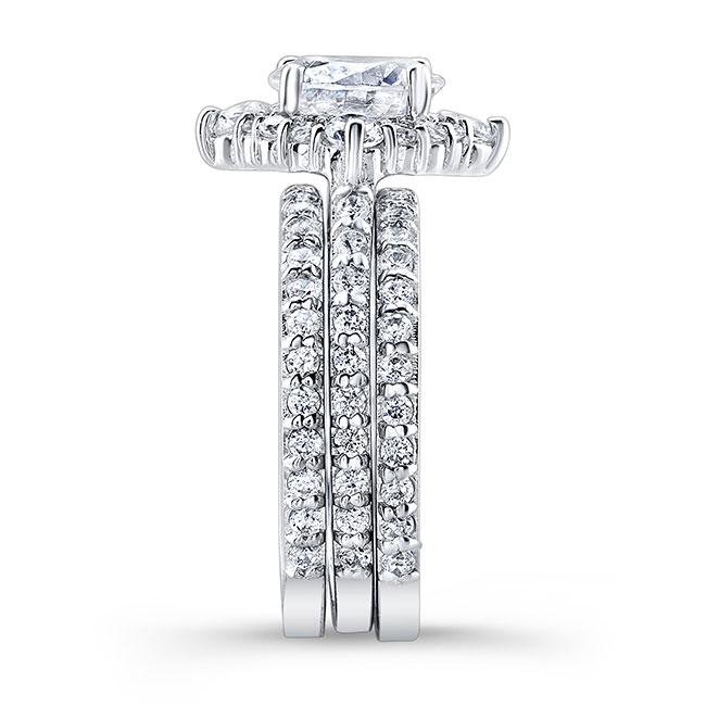 2 Carat Halo Diamond Set With 2 Bands Image 3