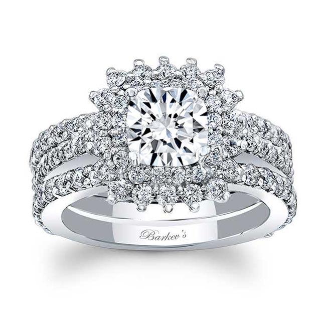 White Gold Cushion Cut Bridal Set 8001S2