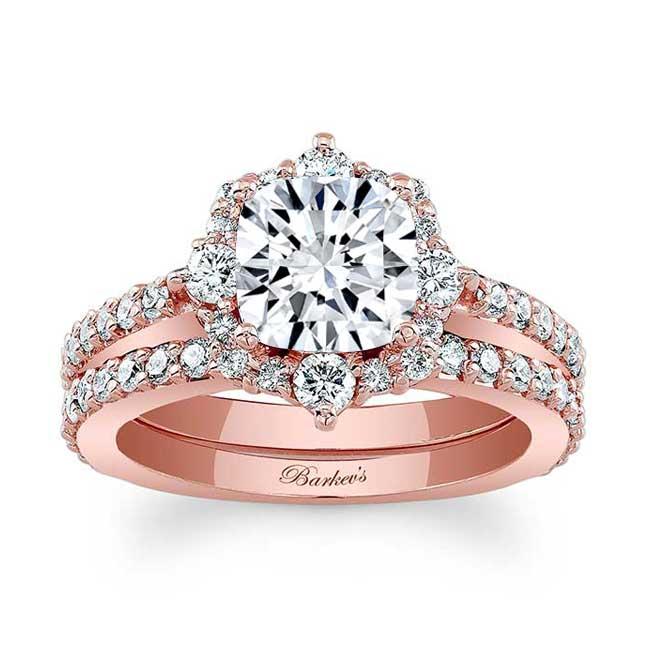 Cushion Cut Moissanite Halo Diamond Ring Set Image 1