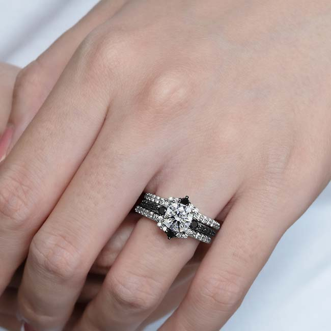 Cushion Cut Halo Black Diamond Accent Set With 2 Bands Image 3