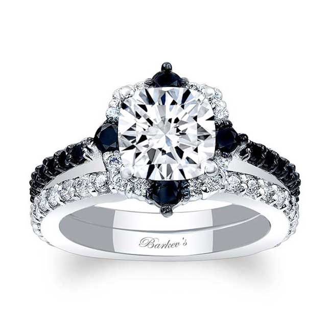 Cushion Cut Moissanite Halo Black And White Diamond Ring Set