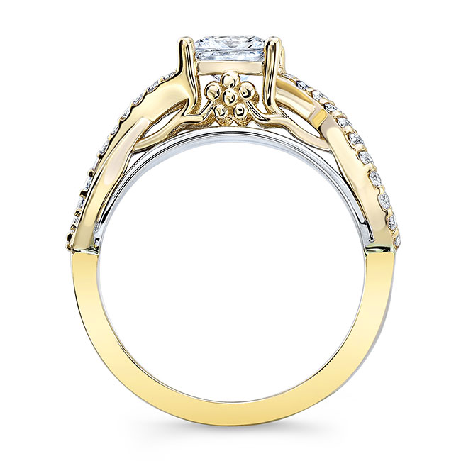 Cathedral Engagement Ring Image 2
