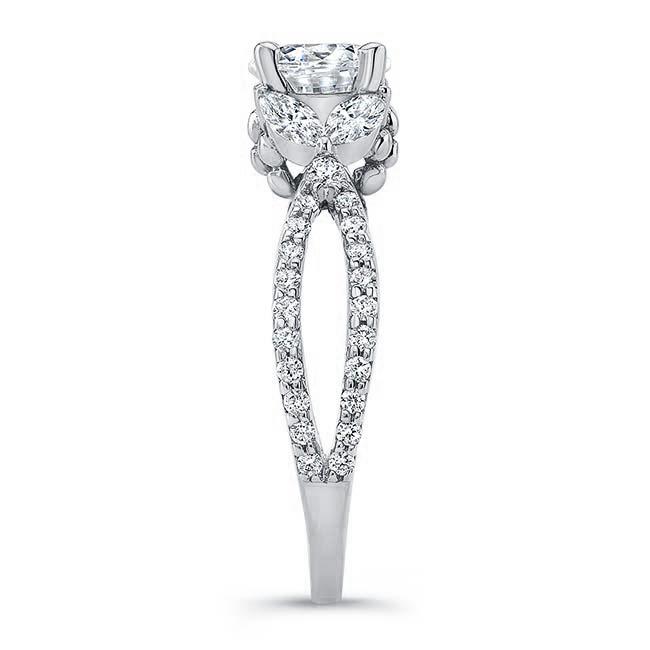 Diamond Leaf Moissanite Ring Image 3