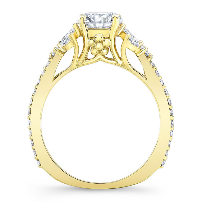 Leaf Moissanite Engagement Ring Image 2