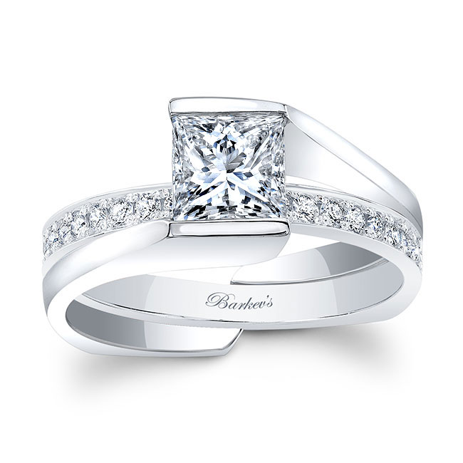 Princess Cut Moissanite Bridal Set MOI-8070S