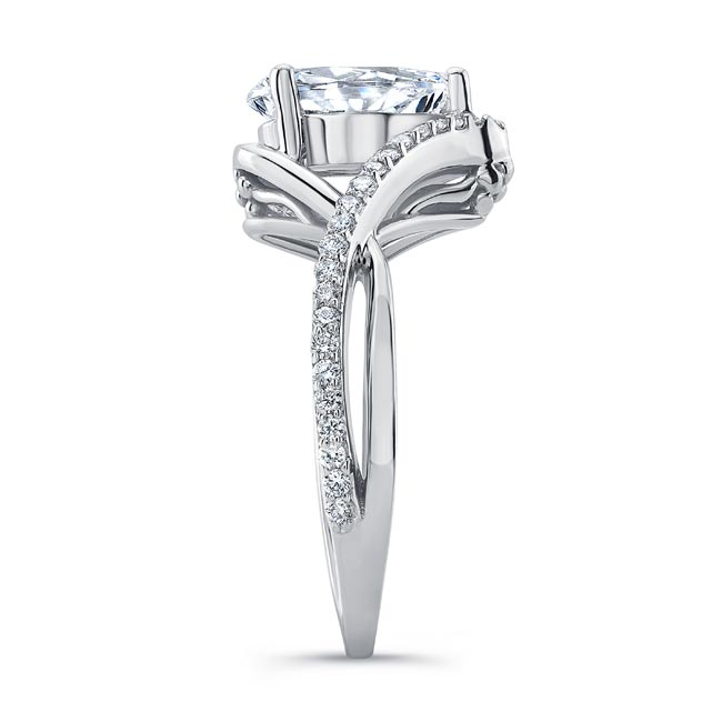 Unique Pear Shaped Engagement Ring Image 3