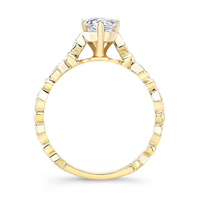Art Deco Pear Shaped Diamond Ring Image 2
