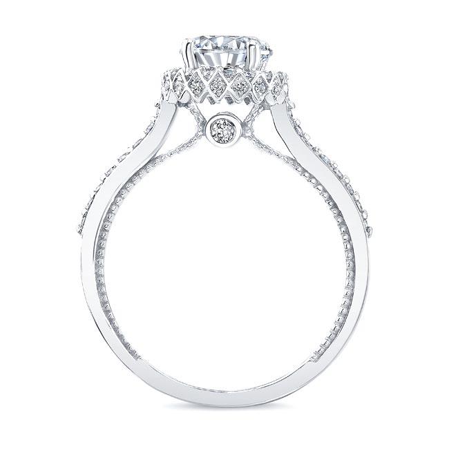 Round Halo Diamond Ring Image 2