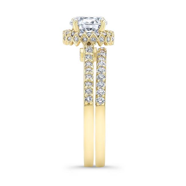 Round Halo Diamond Wedding Set Image 3