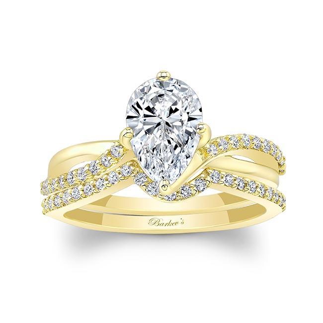 Pear Shaped Moissanite Twist Bridal Set