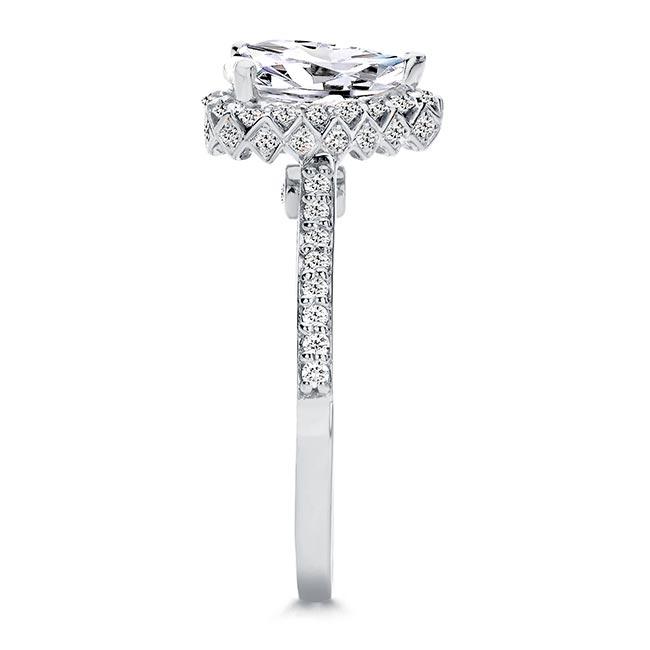 Eva Pear Shaped Halo Ring Image 3