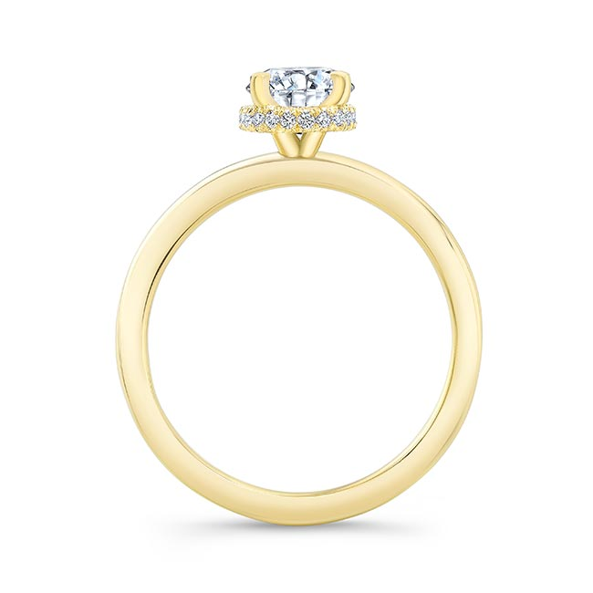 Lia Oval Engagement Ring Image 2