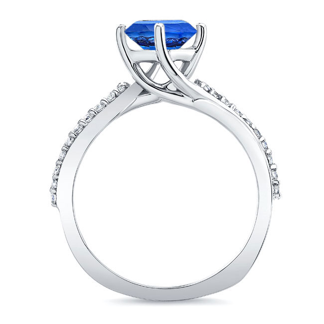 Twisted Sapphire Ring Image 2