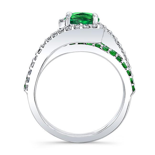 1 Carat Tsavorite Ring Image 2